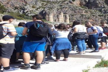 Σχόλιο για το θέμα της κατάργησης των σχολικών εκδρομών στο εξωτερικό